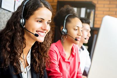 conseiller-relation-client-distance-nantes